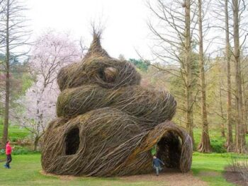Kids Learn about installation art and Patrick Dougherty • Artchoo.com
