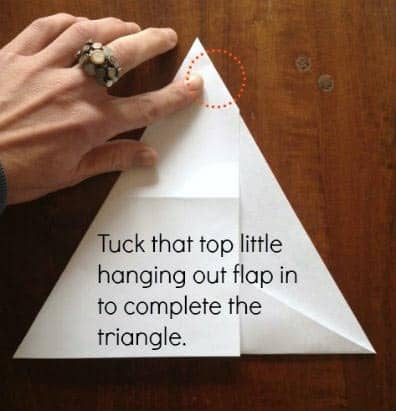 step 4 - folding a piece of paper into an equilateral triangle | artchoo.com