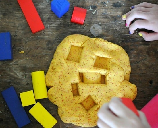 Playing with block shapes with homemade playdough • Artchoo.com