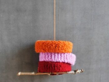Perfect knitting project for beginners (and kids)! • Artchoo.com