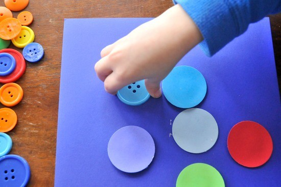 collaging with dots and buttons - easy preschool art project