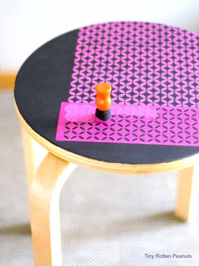 Stencil stool project- from Tiny Rotten Peanuts