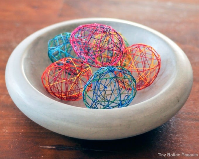 string easter eggs - Tiny Rotten Peanuts