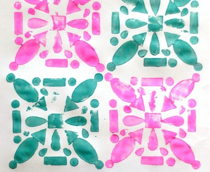 make some easy prints with little foam pieces