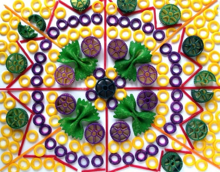 Pasta mosaic art project - Craftwhack