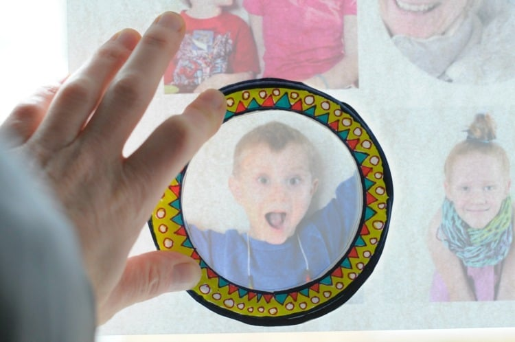 Photo tracing for paper frames