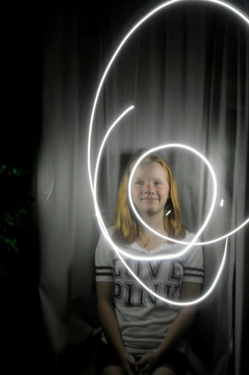 Light painting in a photo is easy and super addictive