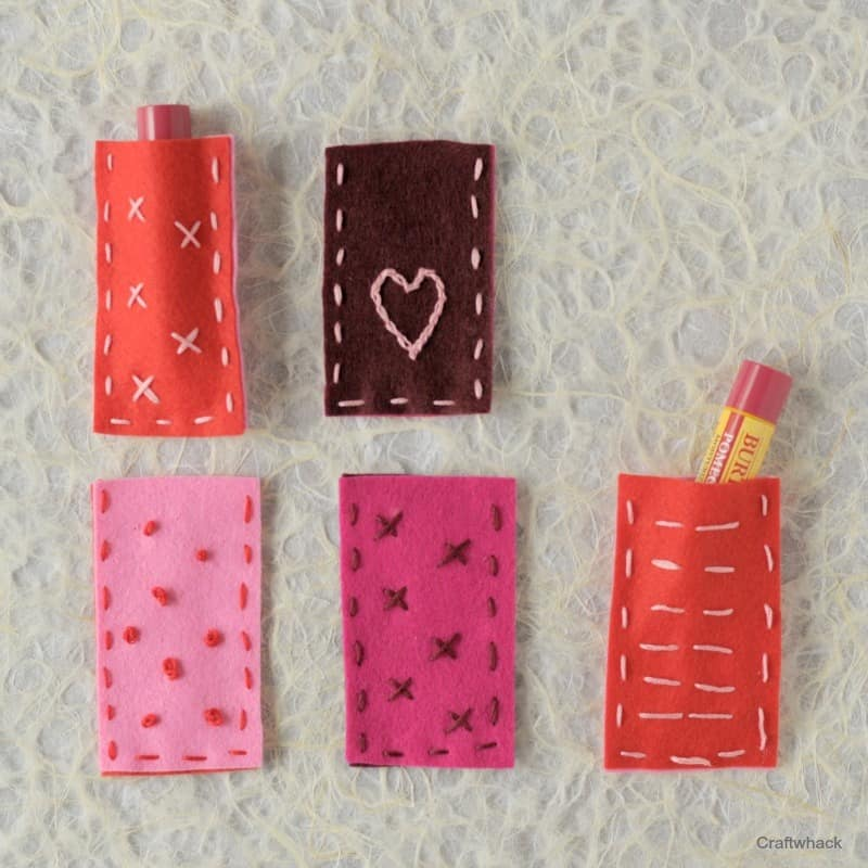 Sweet little DIY lip balm pouches - felt crafting - Valentines DIY gift