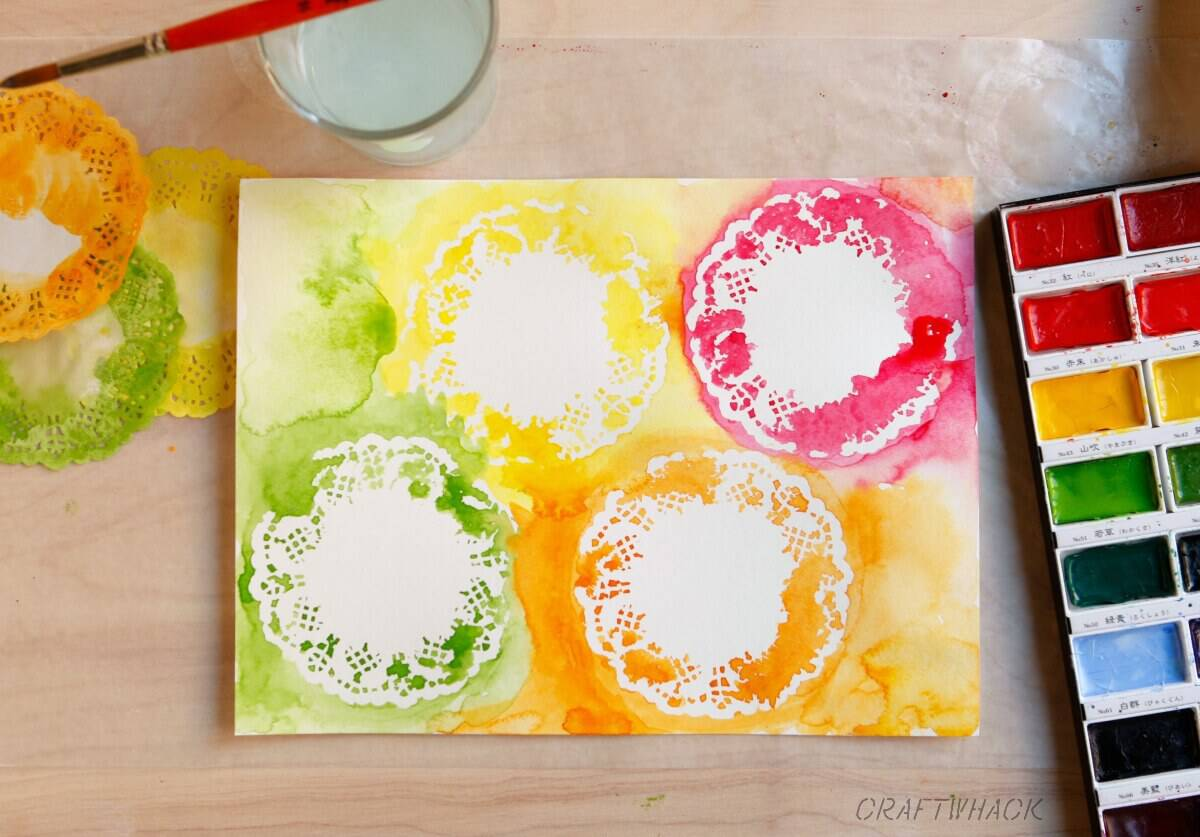 Ideas for watercolor techniques with doilies and other stencils