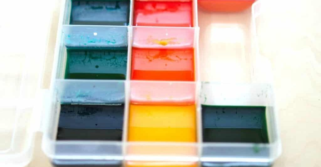 DIY watercolor paints trays and recipe
